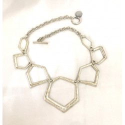 Graduated brush link necklace