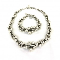 Large Size Graduated Silver...